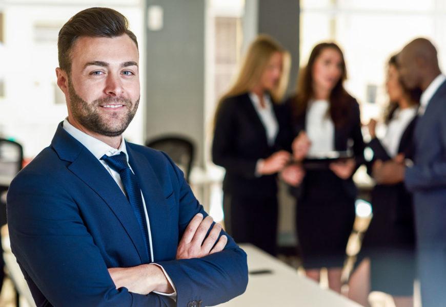 Unterschiede der Karriere im Mittelstand und Konzernen