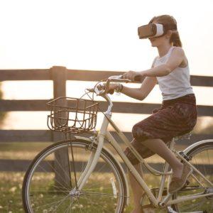 Datenbrillen & VR: Interessante Einsatzmöglichkeiten im Vertrieb (Gastartikel)
