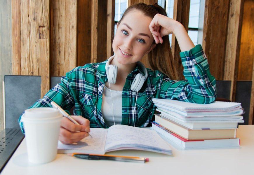 Wie wird eine Bachelor- oder Masterarbeit bewertet?
